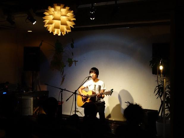 Music+Webの大阪岩瀬敬吾さんのライブ
